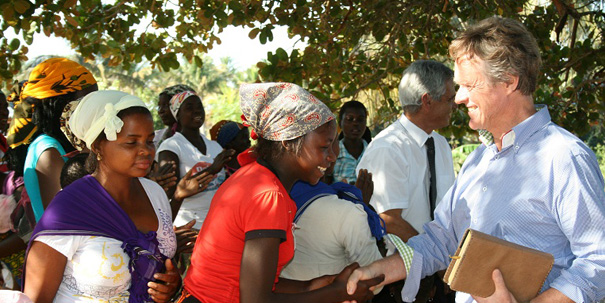 Dr Paul Zuidema greets patients at Zavora
